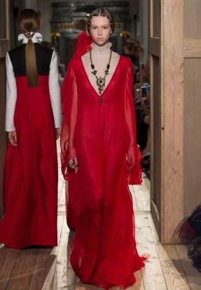 Valentino-Haute-Couture-2016-Fall-Runway-Show60