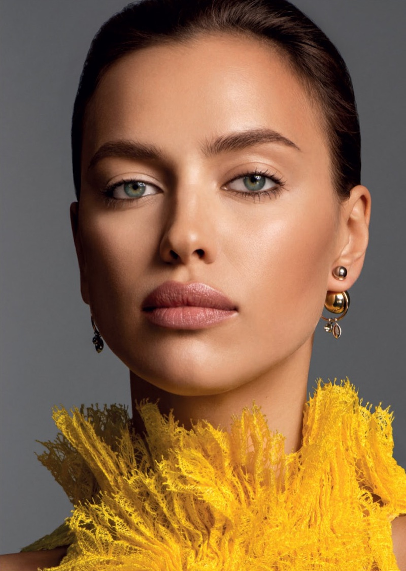 Irina Shayk Wears Falls Best Makeup Looks For Glamour