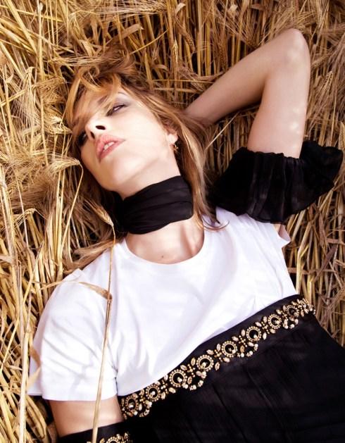 julia-frauche-field-dreams-fashion-editorial07