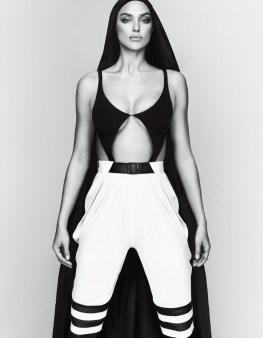 Irina-Shayk-Vogue-Japan-2017-Photoshoot08
