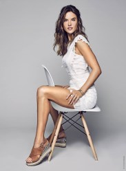 Alessandra-Ambrosio-XTI-Shoes-Spring-2017-Campaign03