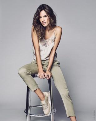 Alessandra-Ambrosio-XTI-Shoes-Spring-2017-Campaign10