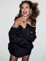 Christy-Turlington-Vogue-Paris-April-2017-Cover-Editorial10