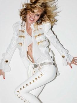 Eva-Herzigova-Vogue-Paris-April-2017-Editorial09