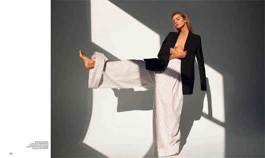 Stella-Maxwell-Harpers-Bazaar-Spain-April-2017-Cover-Editorial09