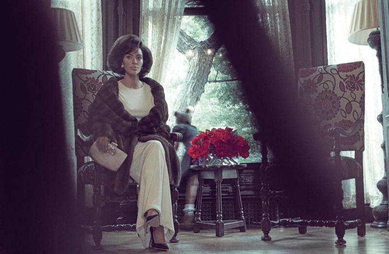 Kim Kardashian looks elegant in fur for the photo shoot
