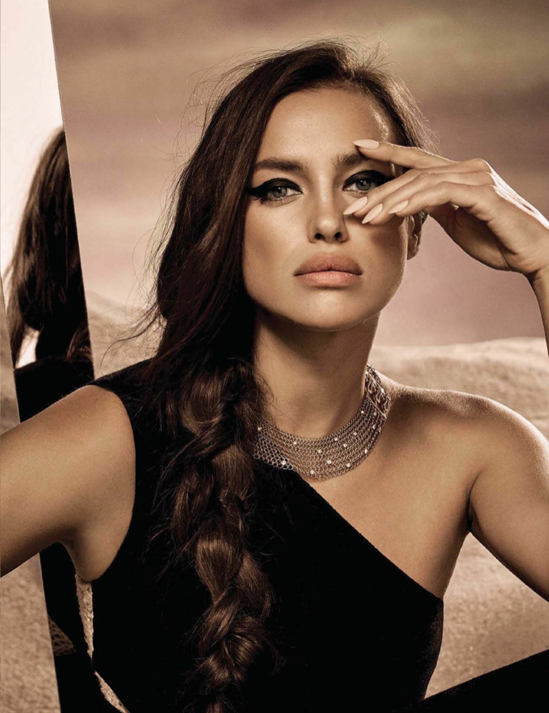 Irina Shayk Is Queen Of The Desert In Vogue Mexico