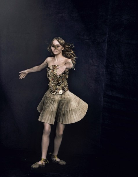 Lily-Rose-Depp-Actress07