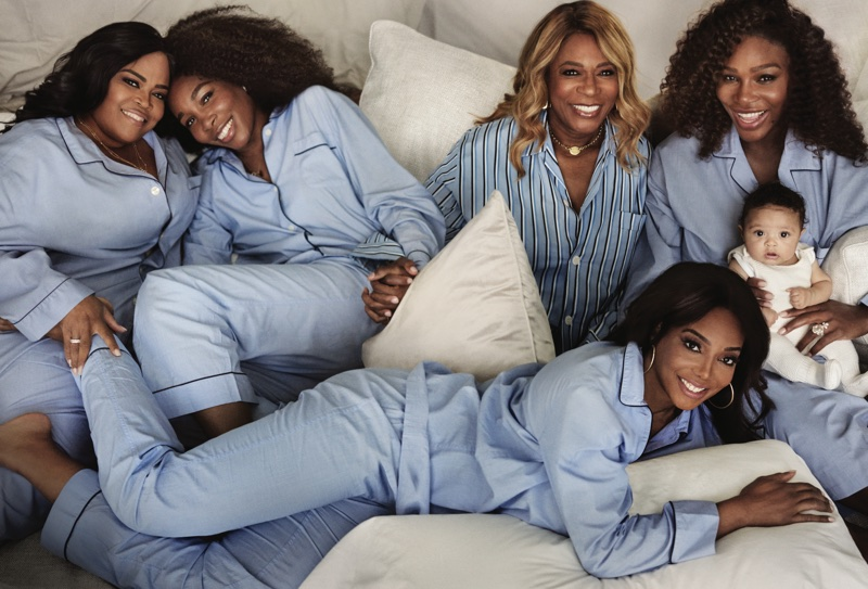 Posing with her siblings, mother and daughter Alexis, Serena Williams wears J. Crew pajamas