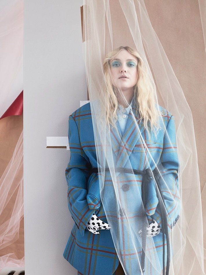 Dakota Fanning wears windowpane print coat