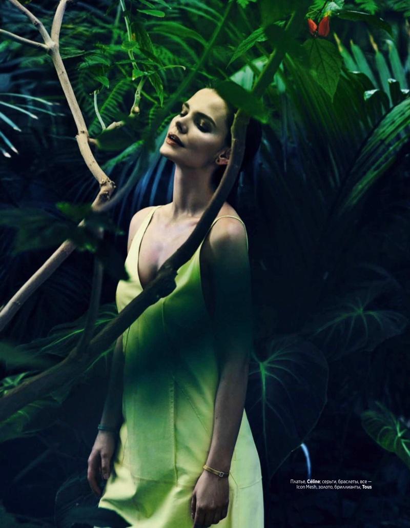 Elizaveta Boyarskaya poses in Celine dress with Tous jewelry
