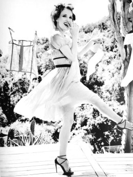 Jessica-Chastain-Black-White-Photoshoot08