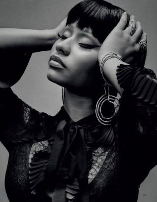 Nicki-Minaj-Vogue-Arabia-Cover-Photoshoot10