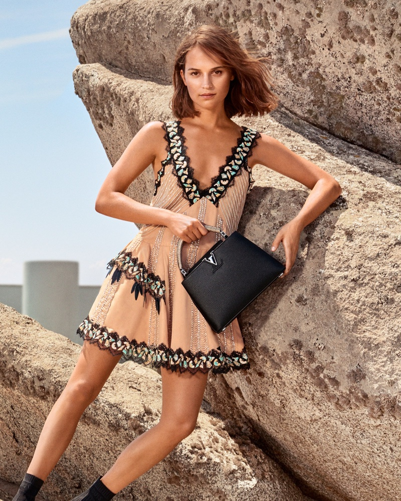 An image from the Louis Vuitton cruise 2019 advertising campaign