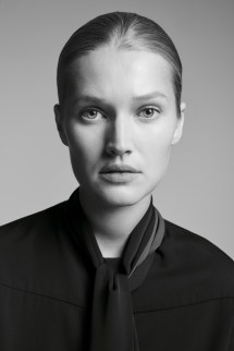 Toni-Garrn-BOSS-Made-in-Germany-Campaign06