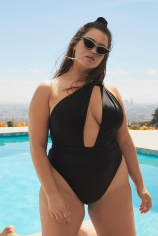 Tara-Lynn-Nasty-Gal-Swim-Campaign16