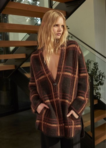 Marloes-Horst-360-Cashmere-Fall-2019-Campaign12