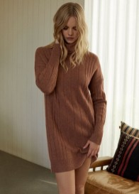 Marloes-Horst-360-Cashmere-Fall-2019-Campaign17