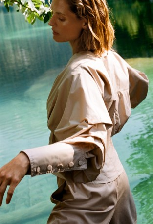 Zara-Join-Life-Care-Water-Lookbook04