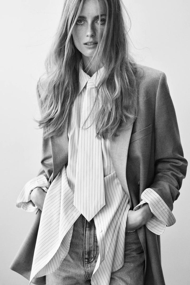Rianne van Rompaey poses in Zara's spring 2021 styles.
