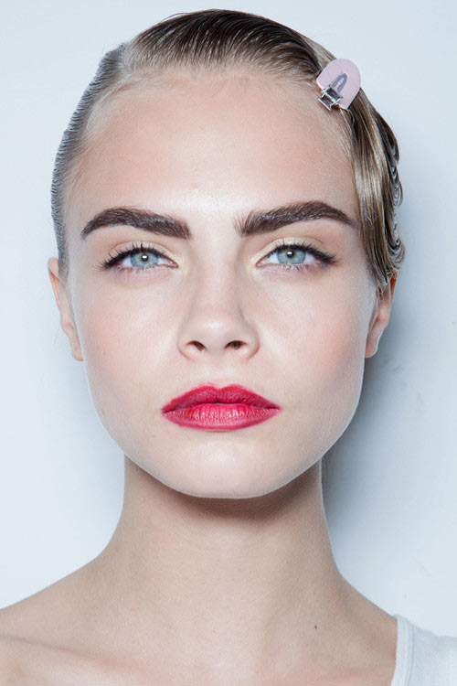 How to Shape Eyebrows Right