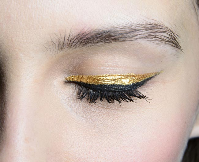 Holiday 204 Metallic Makeup Ideas: Badgley Mischka