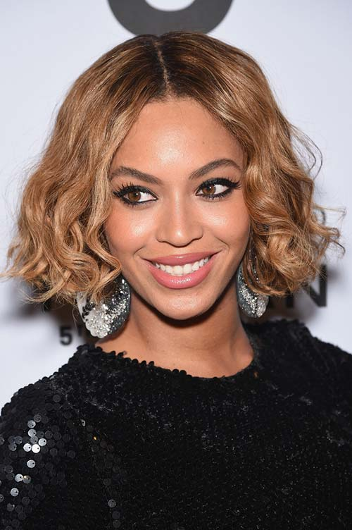 20 Stylish Ways to Wear Center Part Hairstyles: Beyonce Knowles