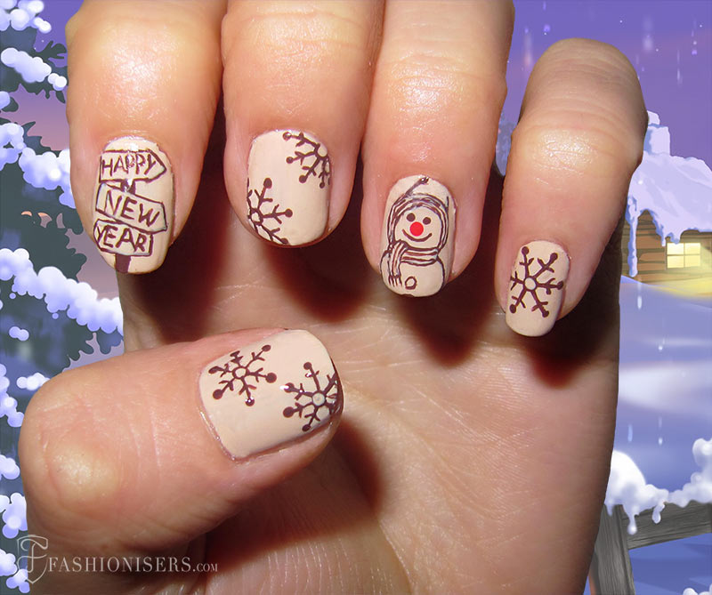 19 Unique Holiday Nail Art Designs: Vintage Nails
