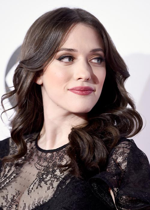 People's Choice Awards 2015 Hairstyles: Kat Dennings Center-Part Curly Hair