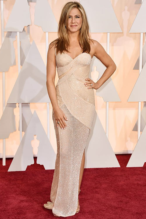 2015 Oscars Red Carpet Fashion: Jennifer Aniston