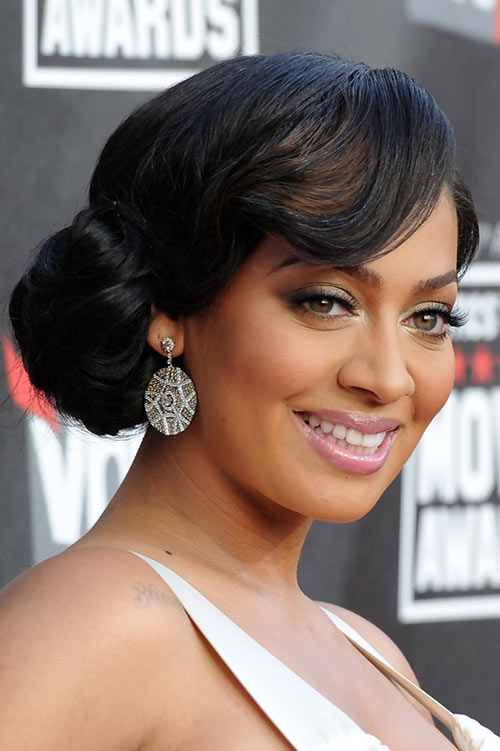 10 Retro Updo Hairstyles: La La Anthony