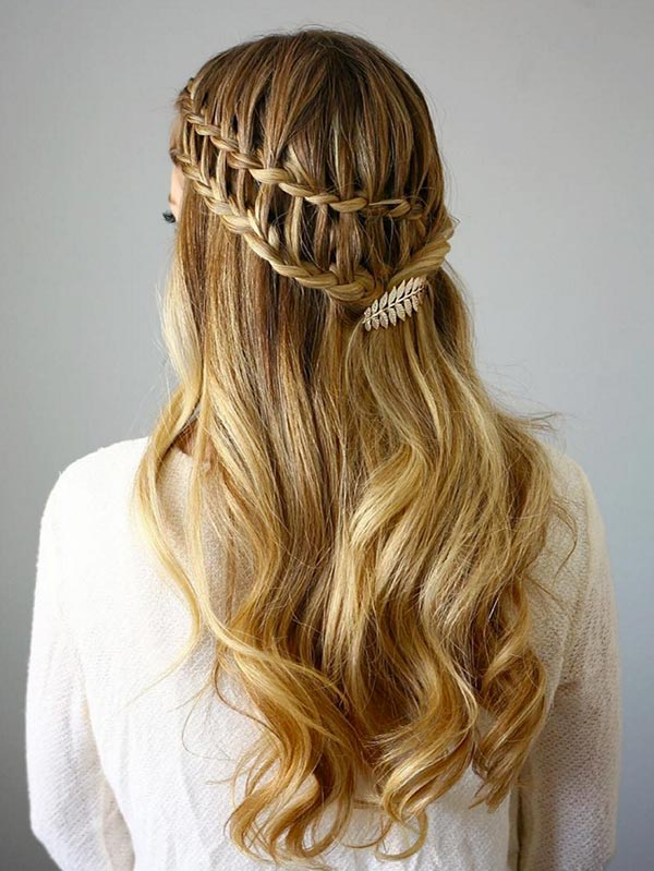 Trendiest Braided Hairstyles 2016: Half Up Ladder Braids