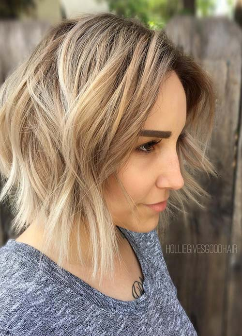 Short Hairstyles for Women with Thin/ Fine Hair: Layered Short Bob