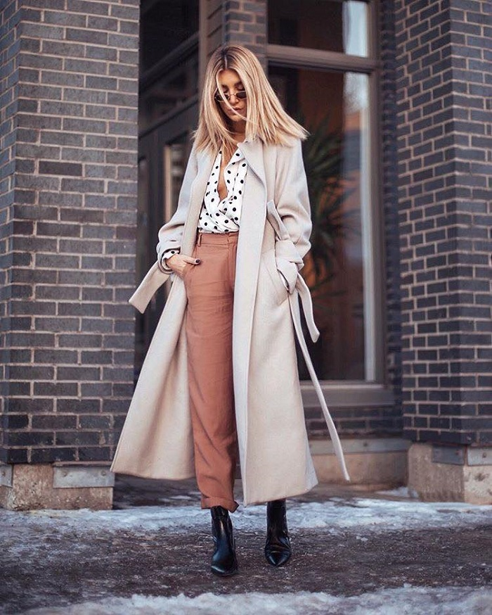 Polka Dot Craze How to Rock the Trendiest Print of 2018 black and white shirt peach pants cream coat