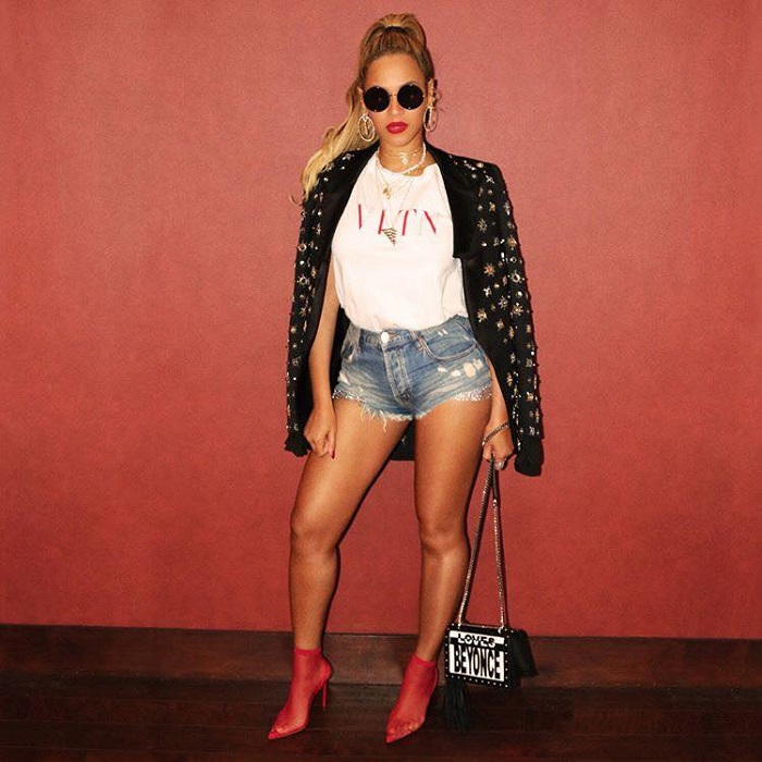 How to Wear Hot Shorts According to Celebrities Beyonce