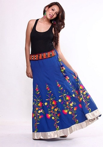 Trendy Holi outfit