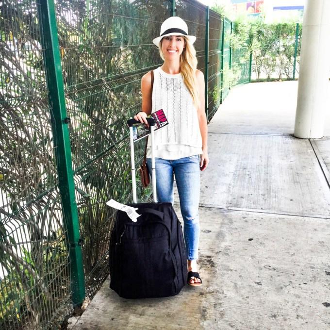 airport-tulum-fedora