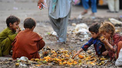 World 800 Million People are Suffering from Hunger Around  world 800 million people are suffering from hunger around World 800 Million People are Suffering from Hunger Around l GHI GLobalHunger INdex Pakistan CAR AfricanRepublic Yemen Afghanistan Hungry 10 13 2015 200545 l