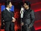 Shahid Kapoor_Shahrukh Khan_IIFA 2013