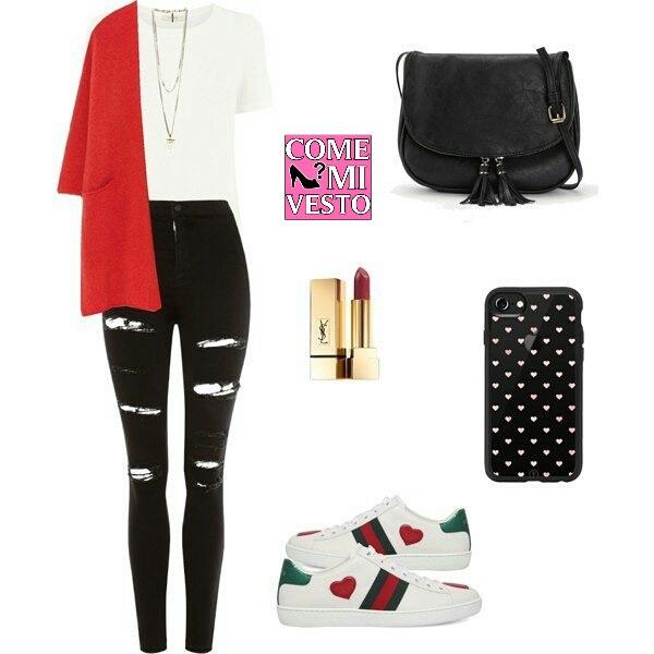 Jeans Liu Jo, cardigan rosso e sneakers
