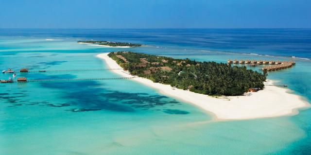 Kanuhura Luxury Resort in the Maldives