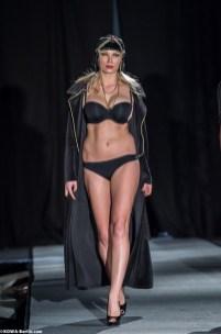 Körpernah Dessous Modenschau - Luxus auf Deiner Haut-5804