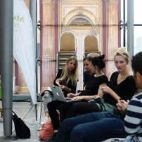 HTW Designers Fashion Show im Rahmen des Frankfurt Style Award 2015 – Backstage Report, Rachel Eguakun, S i b i u Design, Joshua Regitz, Jana Hesse, Noetia Berlin, Auf augenhöhe