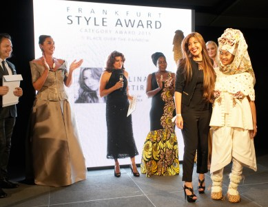 FrankfurtStyleAward_Gala150905_Category-Award-Winner_1.Place-Over-The-Rainbow_Evelina-Martirosyan_ESP
