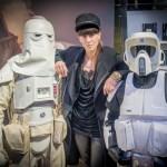 Esther Perbandt Star Wars: Stormtrooper Helm-Ausstellung mit Berliner Fashion Designer