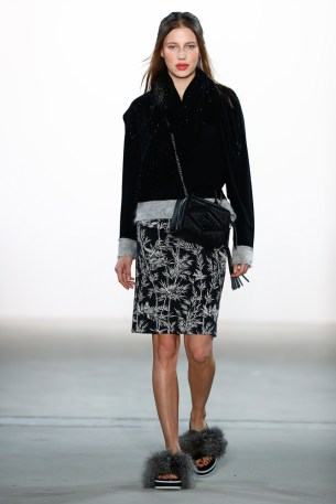 LaurŠèl-Mercedes-Benz-Fashion-Week-Berlin-AW-17-70317