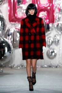 Lena Hoschek-Mercedes-Benz-Fashion-Week-Berlin-AW-17-69544