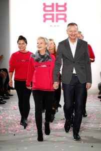 RIANI-Mercedes-Benz-Fashion-Week-Berlin-AW-17-69754