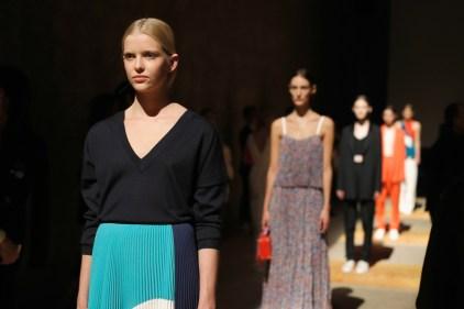 BOSS Womenswear Gallery Collection Presentation 2017-Mercedes-Benz-Fashion-Week-Berlin-SS-18-12