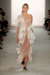 IOANA CIOLACU-Mercedes-Benz-Fashion-Week-Berlin-SS-18-71841